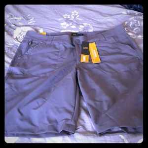 NWT Lee relaxed fit shorts
